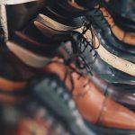 sznurowanie butów do garnituru